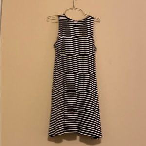 Striped dress- black and white